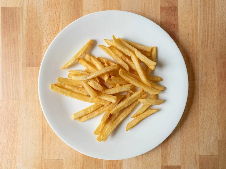 How to reheat Burger King fries using an air fryer