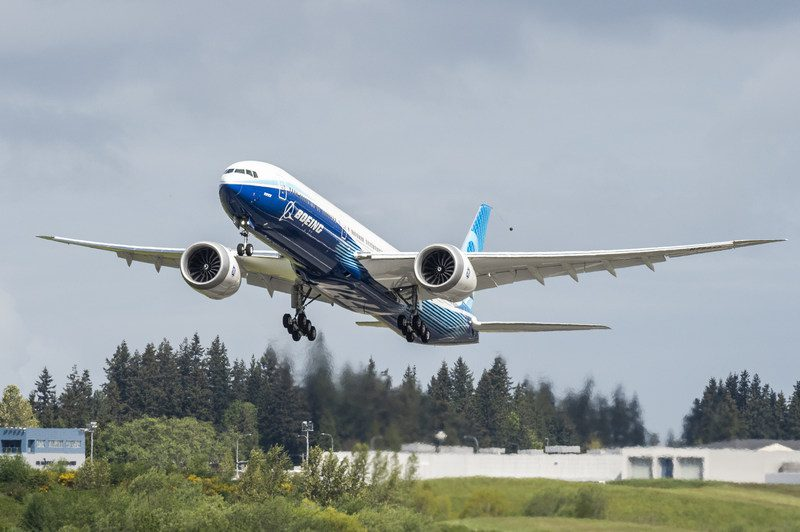 First deliveries 777-9 delayed, 747 production ends in 2022