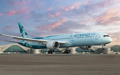 Etihad reduces operating loss by half