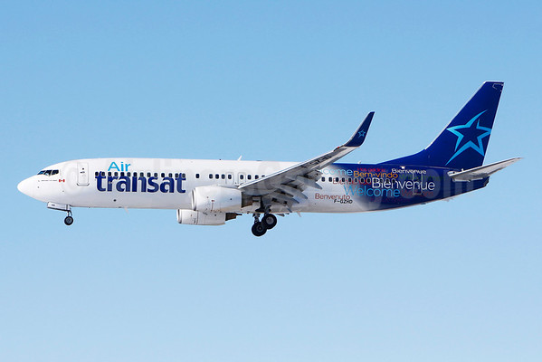 Air transat to operate montreal las vegas boeing 737 800 for Avion air transat interieur