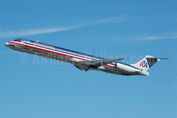 google maps fort lauderdale airport with American Airlines Ends Mcdonnell Douglas Dc 9 80 Md 80 Service At Laguardia Airport on 53775947 further Hotel Map together with rentalsfloridakeys likewise George Bush Intercontinental Airport moreover Visitors.