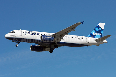 https://i1.wp.com/airlinersgallery.smugmug.com/Airlines-UnitedStates/JetBlue-Airways/i-NhLCtwG/0/S/JetBlue%20A320-200%20N534JB%20%2809-Blueberries%29%28Tko%29%20FLL%20%28AWF%29%2846%29-S.jpg