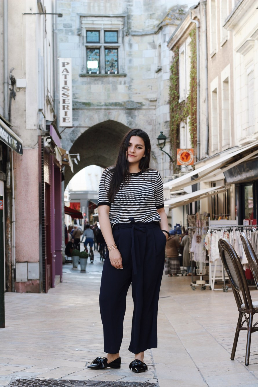 Striped shirt blogger in amboise