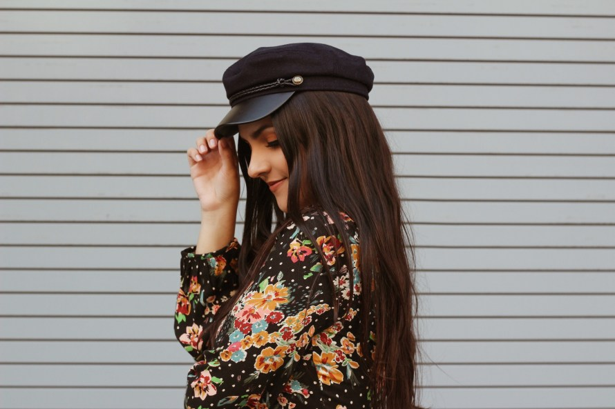 Zara 70s romper with fall trend cabby hat