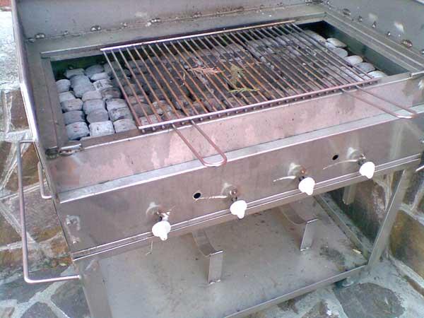 Qual è Il Materiale Più Adatto Per Cucinare Col Barbecue