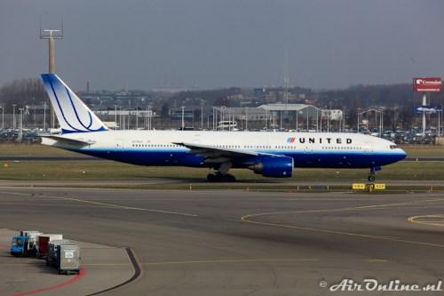 N776UA Boeing 777-222 United Airlines (Oude kleuren)