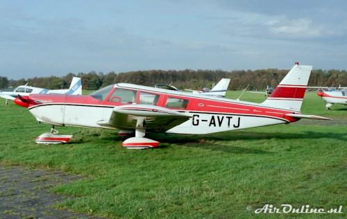 G-AVTJ Piper PA32 Chrokee Six, Hilversm 1984
