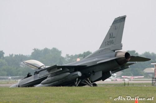 F-16 kort na zijn knieval