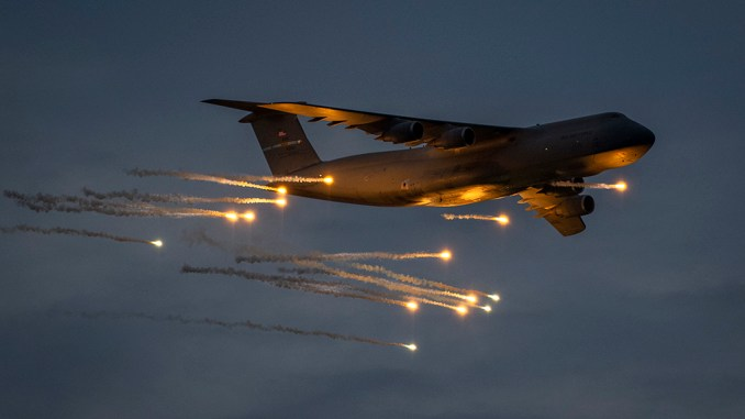 check out these amazing shots of a c 5m super galaxy releasing flares during defensive countermeasures testing Airplane GEEK Check Out These Amazing Shots Of A C-5M Super Galaxy Releasing Flares During Defensive Countermeasures Testing