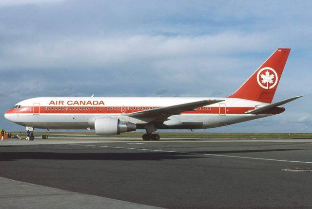 Air Canada quickly sought ETOPS certification for its 767s as well. Credit: Michel Gilliand – Wikimedia Commons
