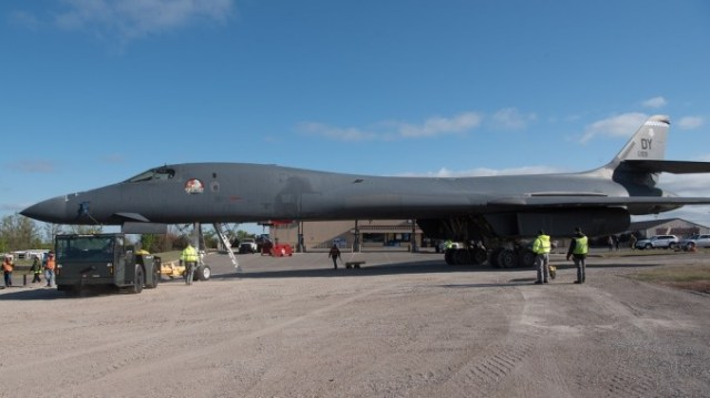 """spectre the b 1b involved in famous failed ejection incident following on board fire in 2018 retired Airplane GEEK """"Spectre"""", The B-1B Involved in Famous Failed Ejection Incident Following On Board Fire in 2018, Retired"""