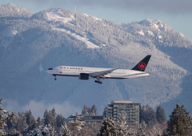 why canadian mps arent happy with air canadas bonuses 2 Airplane GEEK Why Canadian MPs Aren't Happy With Air Canada's Bonuses