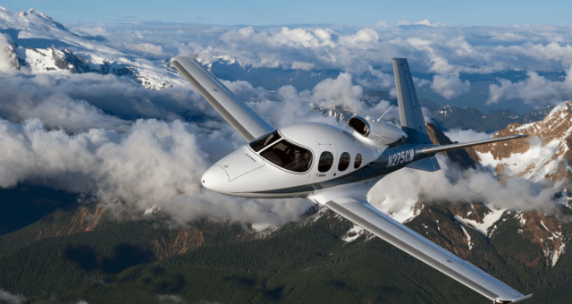 cirrus launches generation two sf50 vision jet Airplane GEEK Cirrus Launches Generation Two SF50 Vision Jet