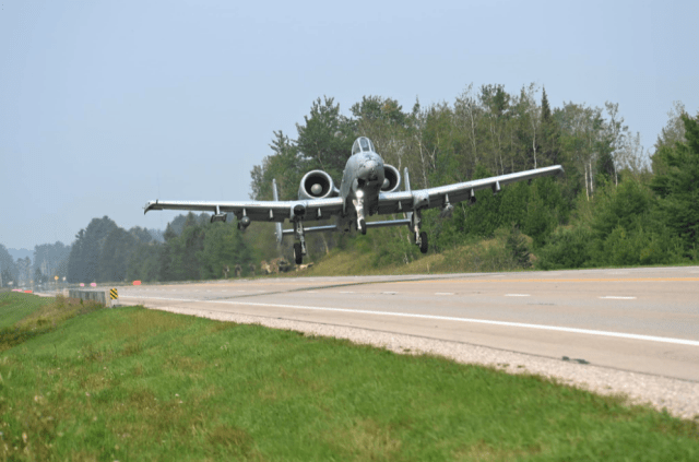gravel bar super cub hits kayaker a 10 lands on a michigan highway and record numbers announced for airventure 2021 Airplane GEEK Gravel Bar Super Cub Hits Kayaker, A-10 Lands On A Michigan Highway And Record Numbers Announced For AirVenture 2021