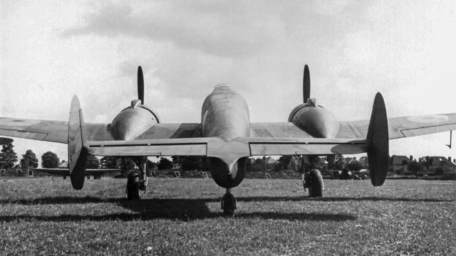 Gloster F9/37 L7999 rear view ground