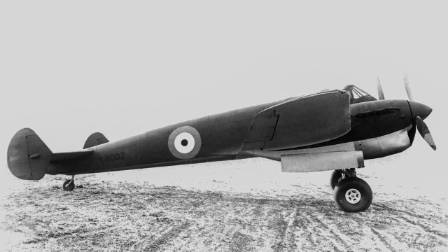 Gloster F9/37 2nd prototype (L8002)