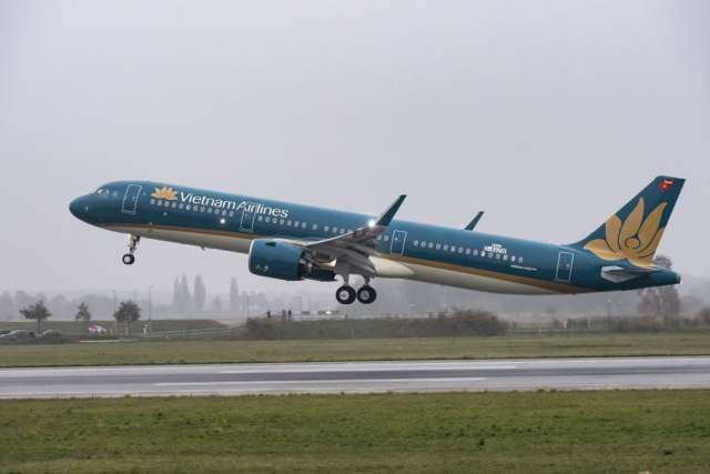 A321neo-Vietnam-Airlines-TakeOff