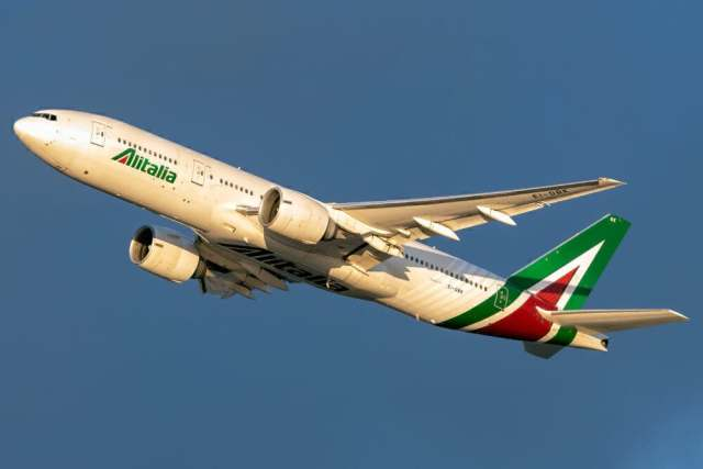 What Aircraft Types Did Alitalia Operate?