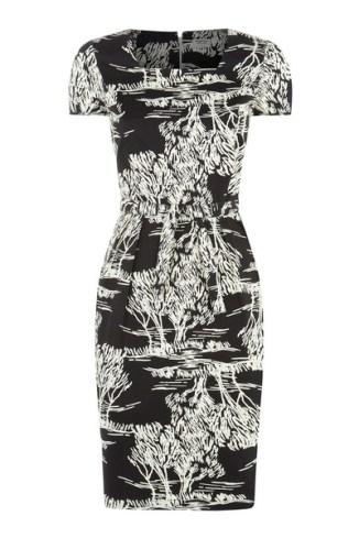 arya-tree-print-dress-ded302b58d69_grande