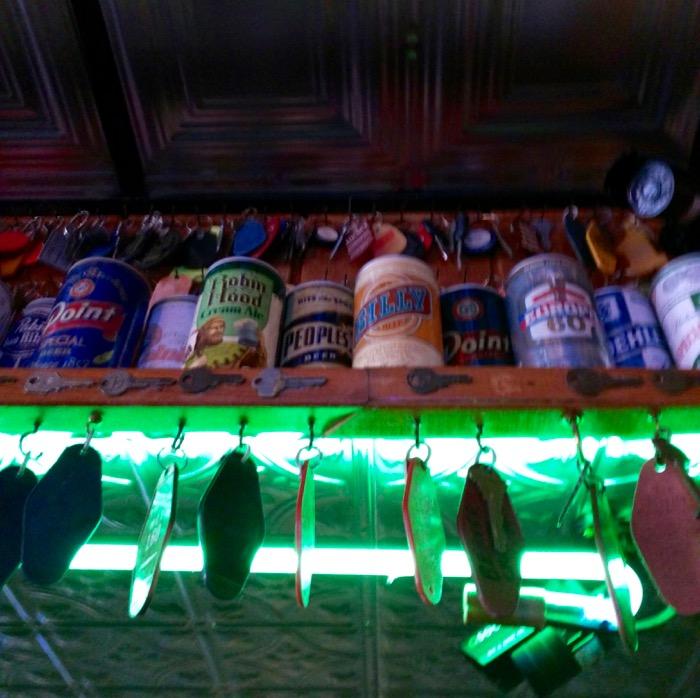 mackinaw city keyhole bar