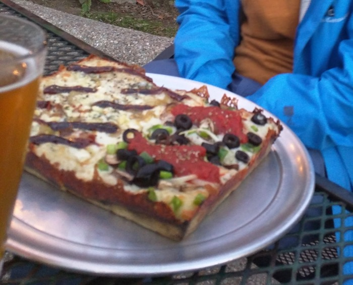 detroit pizza from via 313