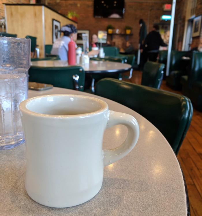 breakfast at elmo's diner carrboro