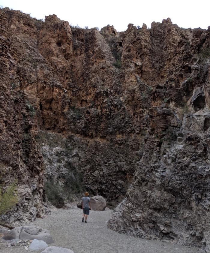 Upper Burro Mesa Pouroff hike