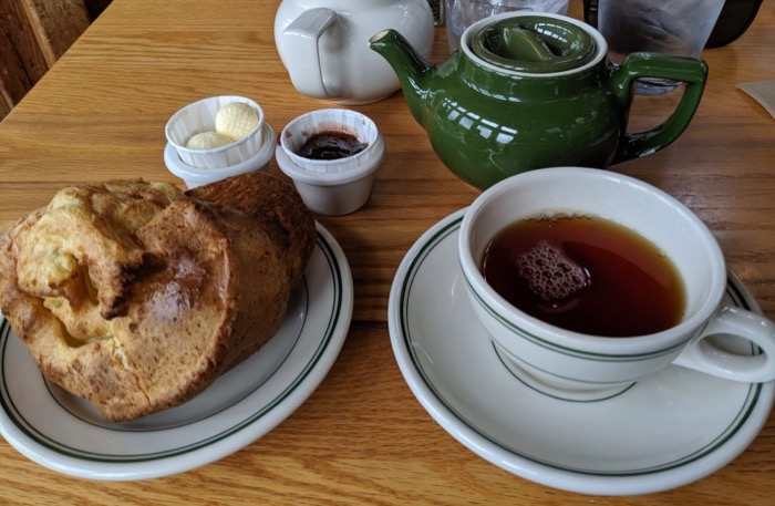 popover and tea at jordan pond house