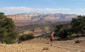 hiking to Fremont Gorge Overlook