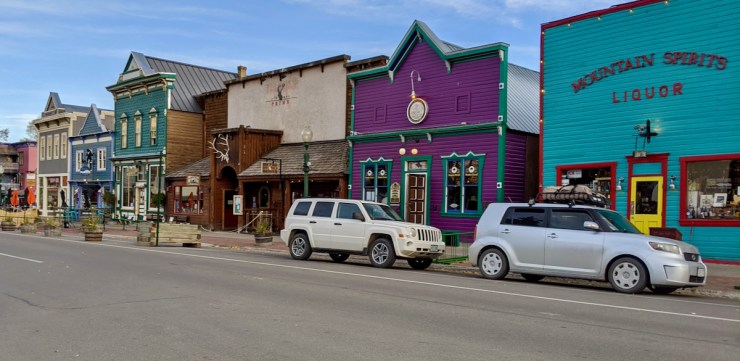 colorful buildings in downtown Crested Butte