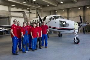 AIR TEAM service team
