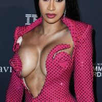Cardi-B Naked Boobs and Bizarre Dresses. Gets Her Boobs Grabbed by Offset on Camera