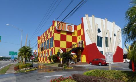 Darf auch hier nicht fehlen: McDonalds - Anklicken zum Vergrößern!
