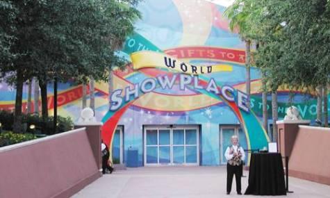Das Millenium Village wurde nach dem 15-monatigen Event zum World Showplace umfunktioniert