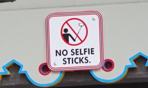 Wo wird mal wohl bald dieses Schild überall sehen?