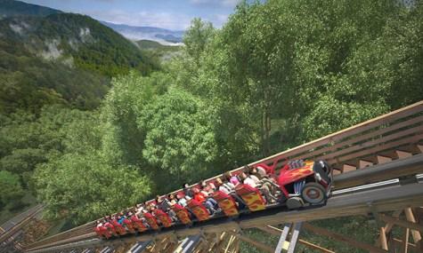 Die weltweit erste Holzachterbahn mit Abschuss - Anklicken zum Vergrößern!