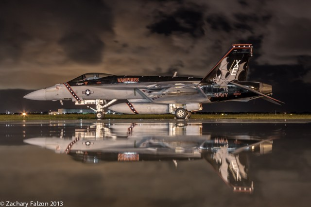 F-18E VX-9 '111' reflection