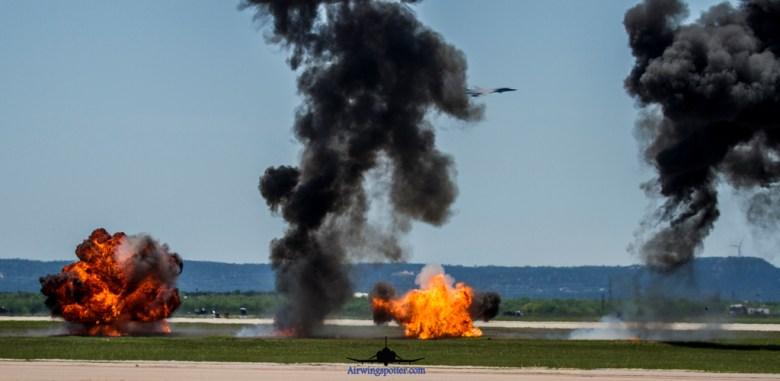 Photo 7th Bomb Wing B-1B using Sniper XR pod targetting targets