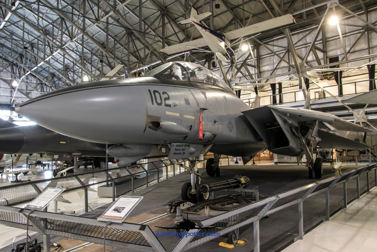 F-14A tomcat VF-211 102-159829 port frontal shot