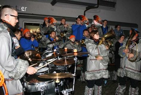 Die Halli-Gallis spielen am Dienstagab...en guten Zweck auf dem Cornimontplatz. | Foto: Ralph Lacher