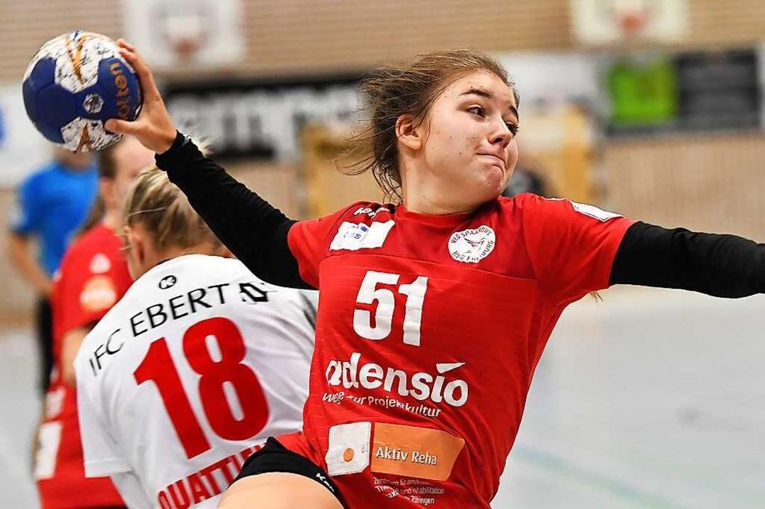 http www badische zeitung de h 2 bundesliga handballerin marie lipps zeigt mut zur veraenderung 200555761 html