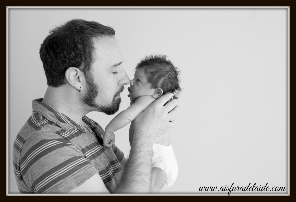 #aisforadelaide #camillethea #millieanddaddy  the first days #agroterra #newbornphotography