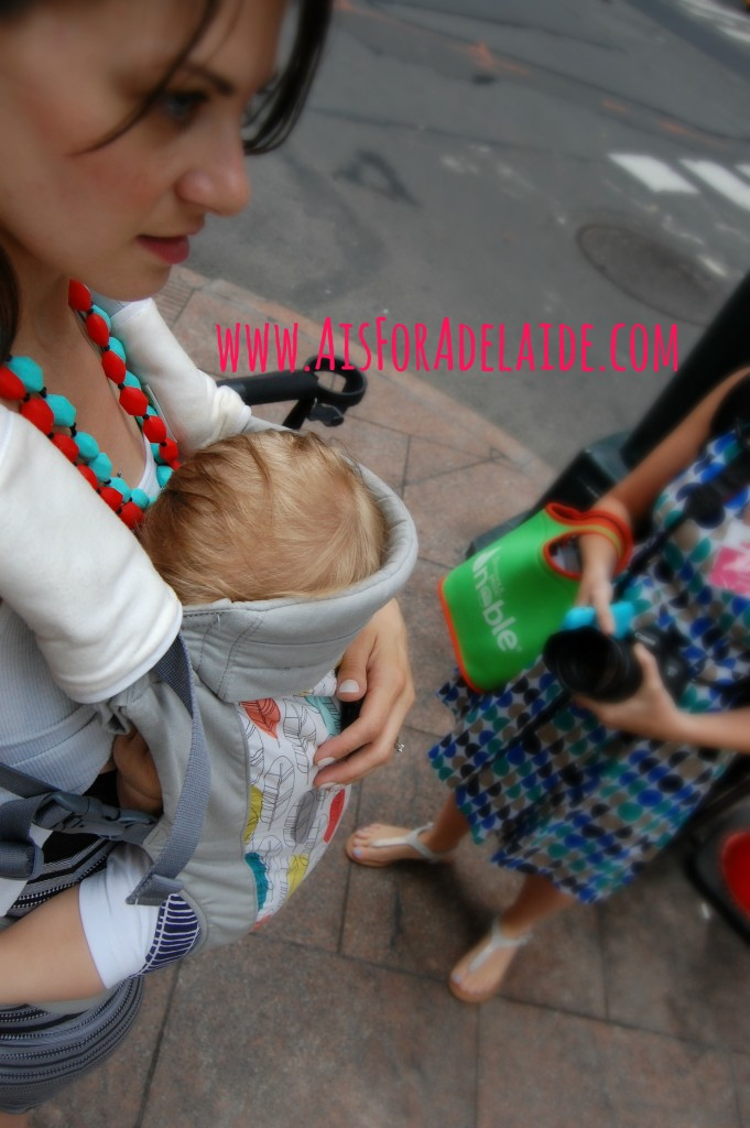 Breastfeeding on the streets of NYC. #motherhood is beautiful in every city <3