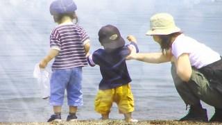 夏に子どもと遊ぶ