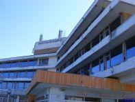 Acelasi hotel Panoramic. Inchis.