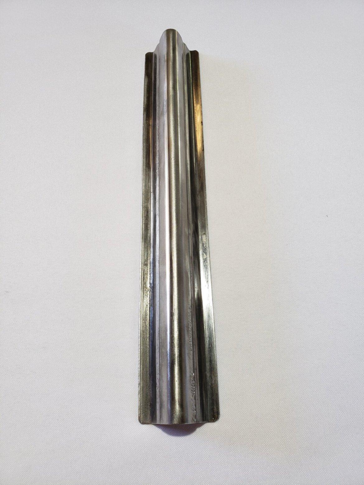 Metal Grapestake, Full View