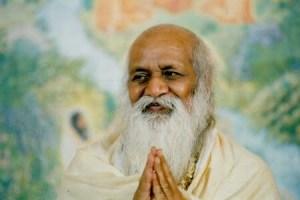 10 भारत के विश्व प्रसिद्ध योगा गुरू ….