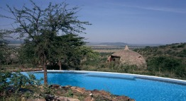serengeti-central-serena-safari-lodge-tanzania-private-safaris
