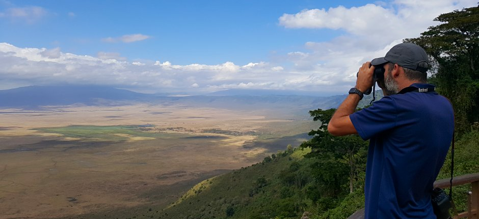 Viewpoint at Ngorongoro Crater - safari Tanzania