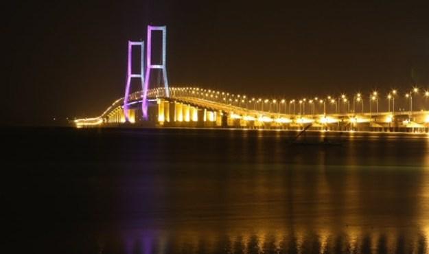 Suramadu Bridge Nasional (Indonesia)